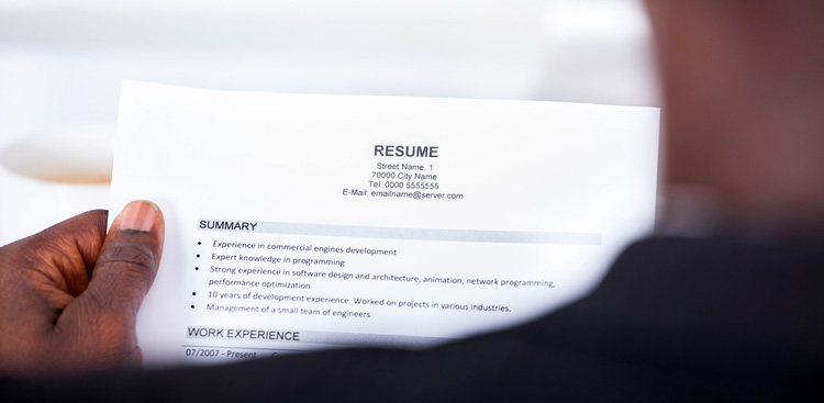 3 ways to make your resume more recruiter friendly