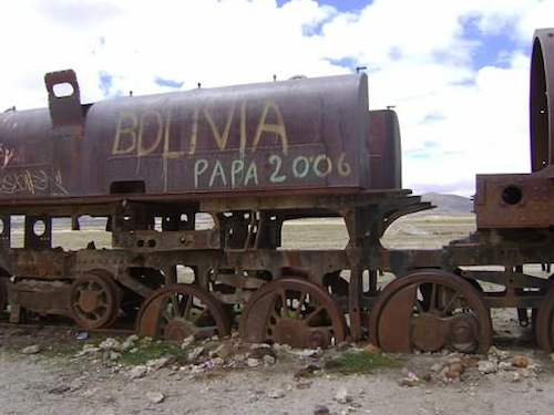 Bolivia_Train Cemetery