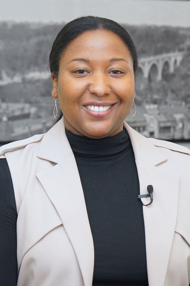 Auja Little, Senior Analyst - Washington REIT Careers