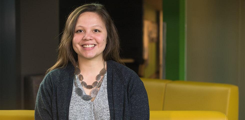 Lauren Manibusan, Sr. Financial Analyst - Amazon Careers