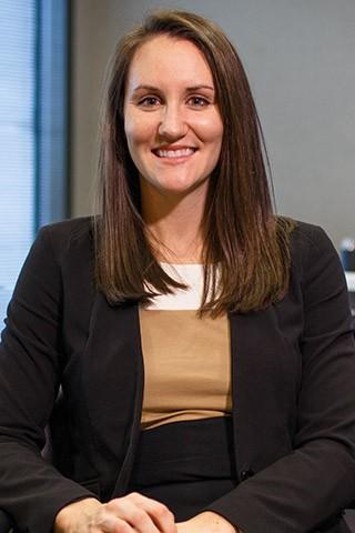 Lisa Arnold, MBA, Financial Representative - Ashford Advisors Careers