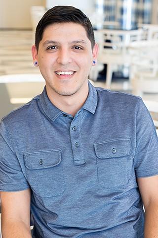 Omar De Los Santos, Floor Assistant, Distribution Center - Kendra Scott Careers