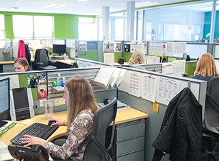 Careers - Office Life Collaboration & Communication