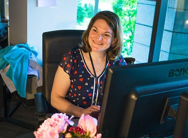 Careers - What Julia Does Senior User Experience Designer