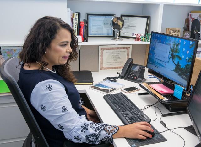 Careers - What Yesenia Does International Inside Sales Representative