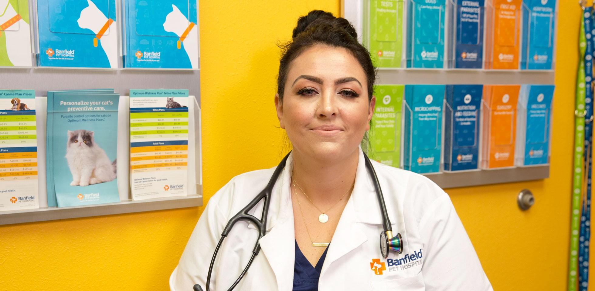 Emily Pashaian-Grant, Veterinarian - Banfield Pet Hospital Careers
