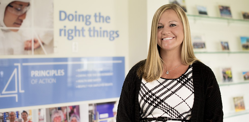 Kristina Dempsey, District Sales Manager - Saint-Gobain Performance Plastics Careers
