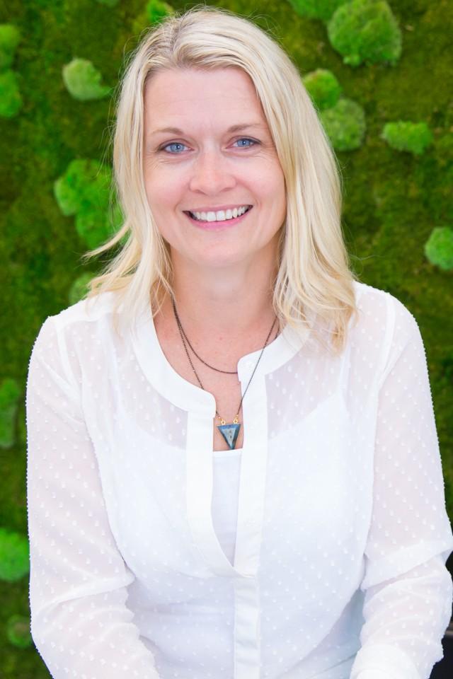 Kelli Carlson, Senior Business Initiatives Leader for the Innovation Group - Wells Fargo Careers